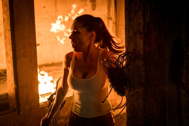 Blackburn-Sarah-Lind-Fire-Photo-Kyle-Cassie